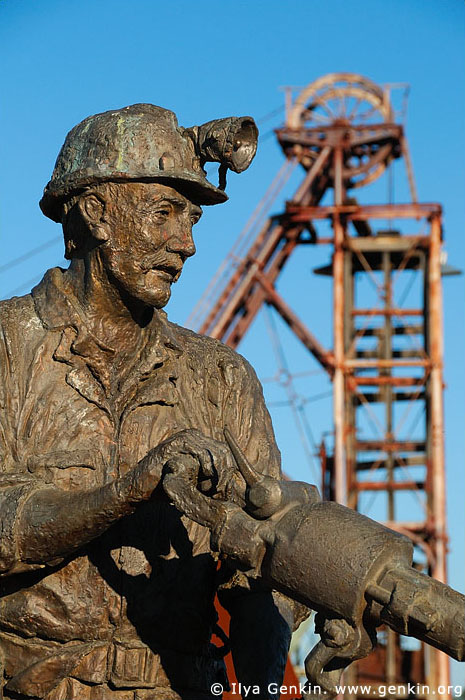 australia stock photography | Statue of a Miner in the Miners Heritage Park, Cobar, NSW, Australia, Image ID AU-COBAR-0007