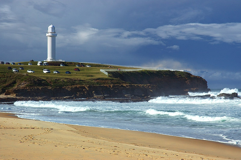 australia stock photography | Flagstaff Point, Flagstaff Point (Wollongong Head) from, Wollongong City Beach, Wollongong, NSW, Image ID AUWL0001