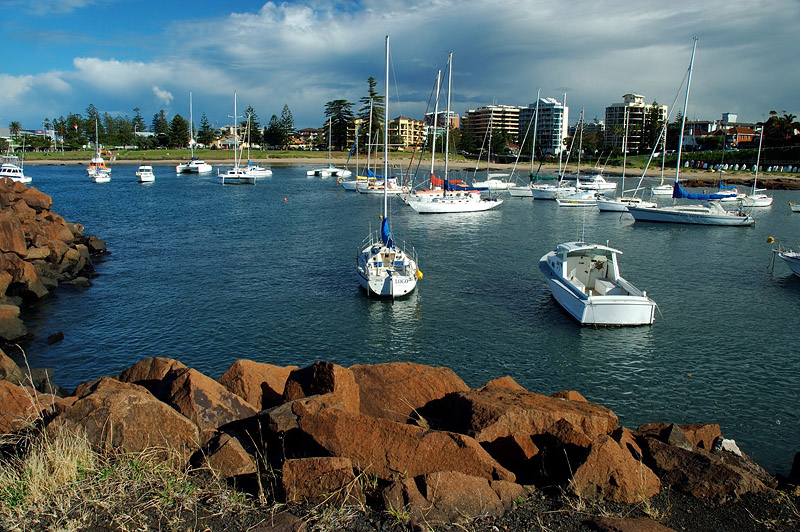 australia stock photography | Wollongong City, A View From a Breakwater at Wollongong Harbour, Wollongong, NSW, Image ID AUWL0002