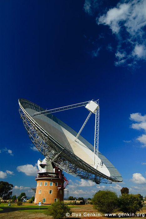 australia stock photography | Radio Antenna Dish, Parkes, NSW, Australia, Image ID AU-PARKES-0001