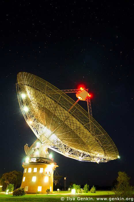 australia stock photography | Radio Antenna Dish at Night, Parkes, NSW, Australia, Image ID AU-PARKES-0004
