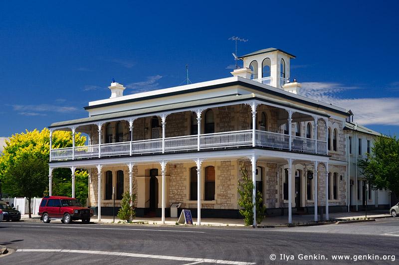 australia stock photography | Heyward's Royal Oak Hotel, Penola, Coonawarra, South Australia (SA), Australia, Image ID AU-SA-PENOLA-0001