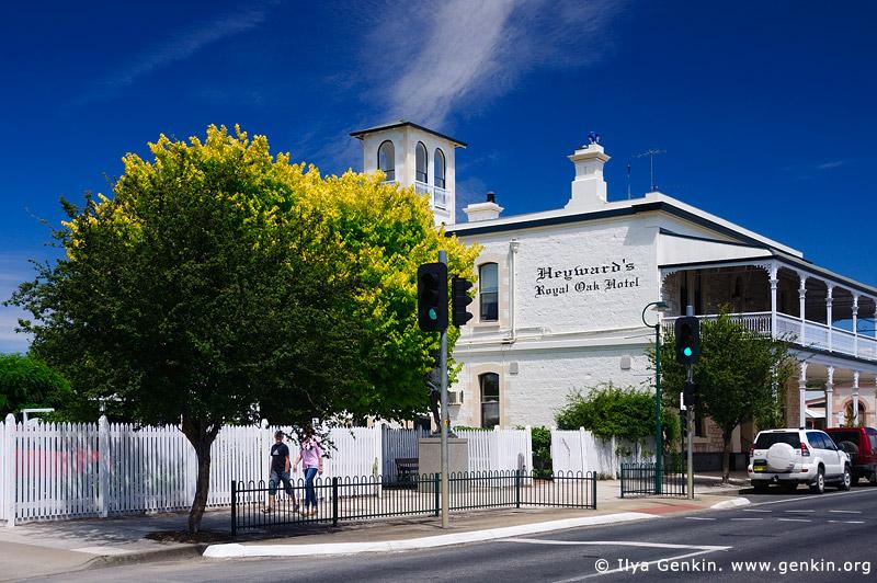 australia stock photography | Heyward's Royal Oak Hotel, Penola, Coonawarra, South Australia (SA), Australia, Image ID AU-SA-PENOLA-0005