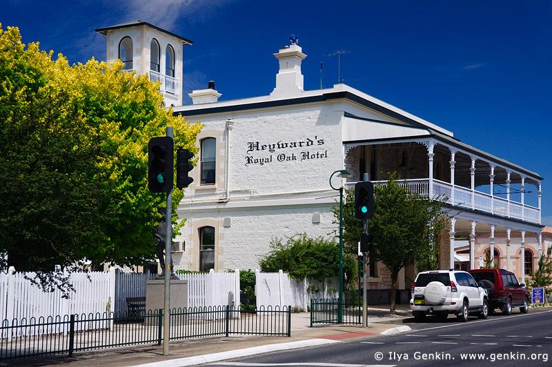 australia stock photography | Heyward's Royal Oak Hotel, Penola, Coonawarra, South Australia (SA), Australia, Image ID AU-SA-PENOLA-0006