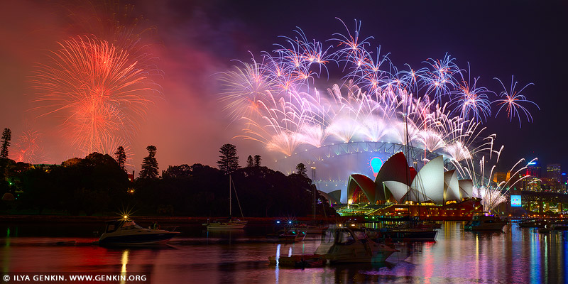 australia stock photography | Sydney's New Year Eve Fireworks 2015 over Harbour Bridge, Sydney, New South Wales (NSW), Australia, Image ID SYDNEY-NYE-FIREWORKS-2015-0003