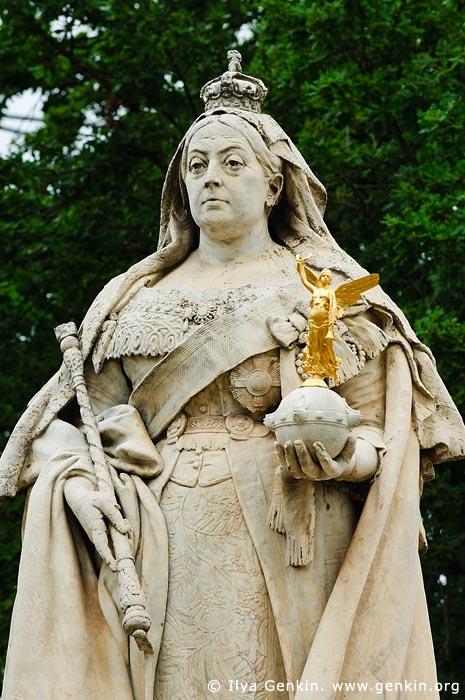 australia stock photography | Queen Victoria Statue, Ballarat, VIC, Australia, Image ID AU-BALLARAT-0009