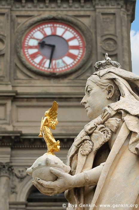 australia stock photography | Ballarat Town Hall and Queen Victoria Statue, Ballarat, VIC, Australia, Image ID AU-BALLARAT-0012