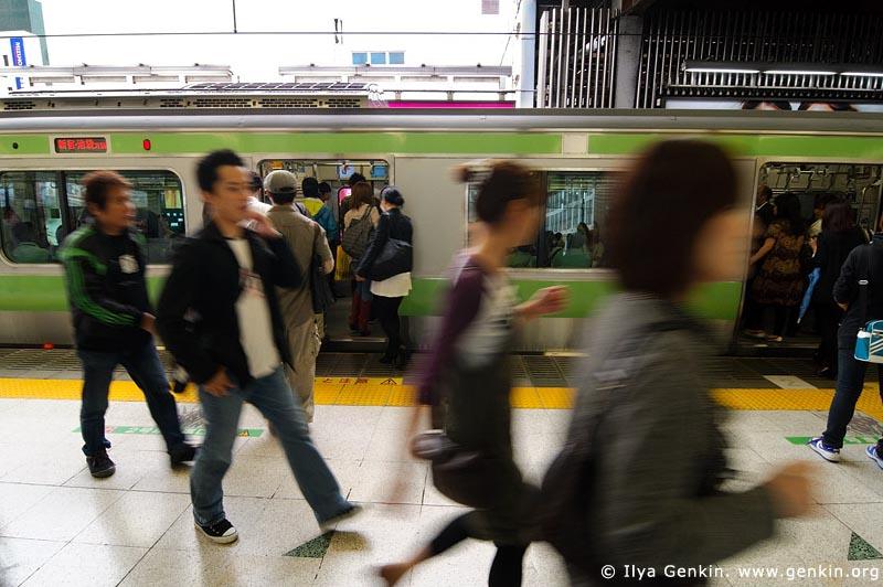 japan stock photography   People Alighting from a Subway Train, Tokyo Subway Train, Tokyo, Kanto Region, Honshu Island, Japan, Image ID JP-TRANS-0004
