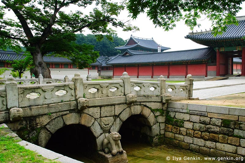 korea stock photography | Geumcheongyo Bridge at Changdeokgung Palace in Seoul, South Korea, Jongno-gu, Seoul, South Korea, Image ID KR-SEOUL-CHANGDEOKGUNG-0006