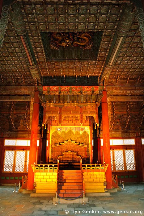 korea stock photography | The Throne in Junghwajeon Hall at Deoksugung Palace in Seoul, South Korea, Seoul, South Korea, Image ID KR-SEOUL-DEOKSUGUNG-0007