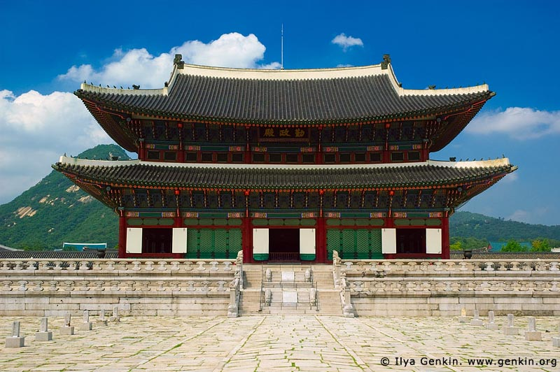 korea stock photography | Geunjeongjeon (Throne Hall) at Gyeongbokgung Palace in Seoul, South Korea, Seoul, South Korea, Image ID KR-SEOUL-GYEONGBOKGUNG-0001