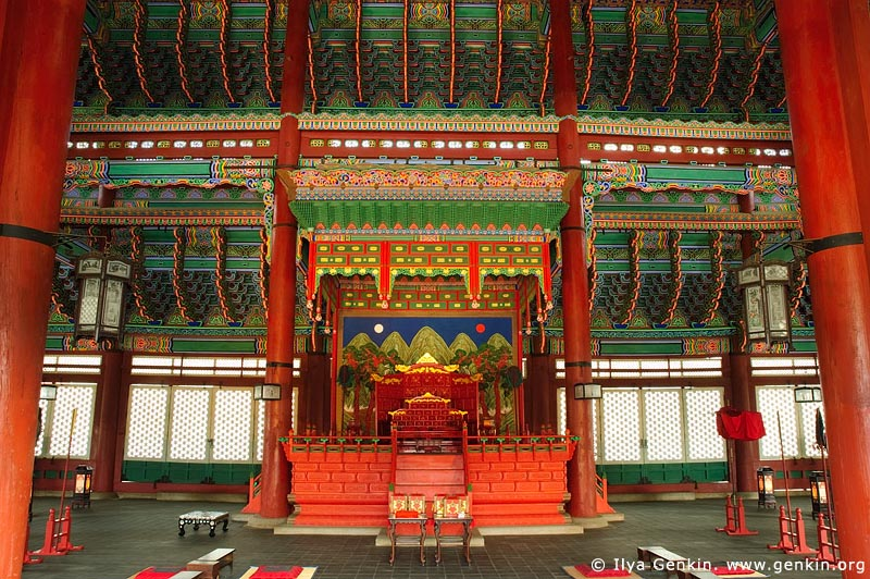 korea stock photography | The Throne at Geunjeongjeon Hall at Gyeongbokgung Palace in Seoul, South Korea, Seoul, South Korea, Image ID KR-SEOUL-GYEONGBOKGUNG-0002