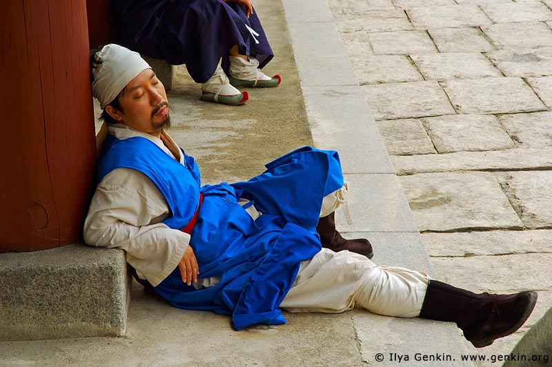 korea stock photography | Sleeping Guard at Gyeonghuigung Palace in Seoul, South Korea, Seoul, South Korea, Image ID KR-SEOUL-GYEONGHUIGUNG-0003