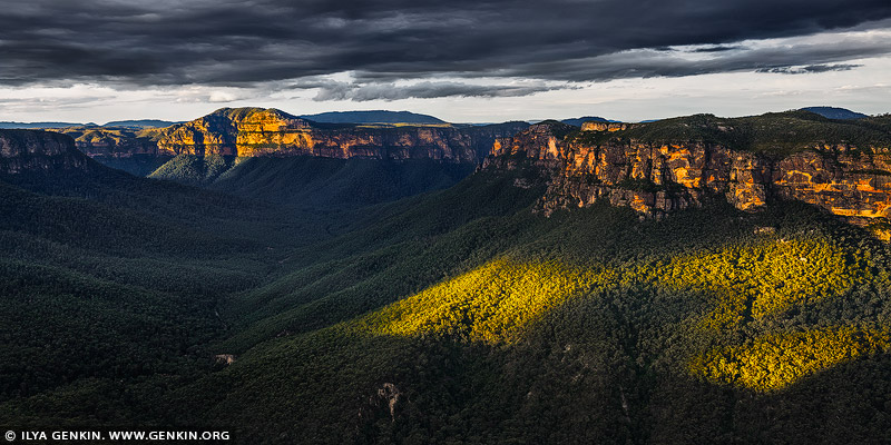 landscapes stock photography | Grose Valley from Evans Lookout, Blackheath, Blue Mountains National Park, NSW, Australia, Image ID AU-EVANS-LOOKOUT-0001