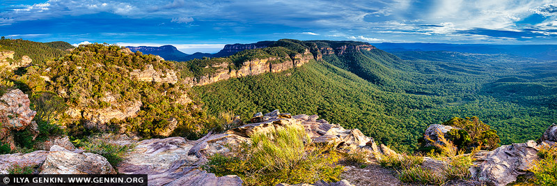 landscapes stock photography | Narrow Neck and Megalong Valley, Katoomba, Blue Mountains National Park, NSW, Australia, Image ID AU-NARROW-NECK-MEGALONG-VALLEY-0001