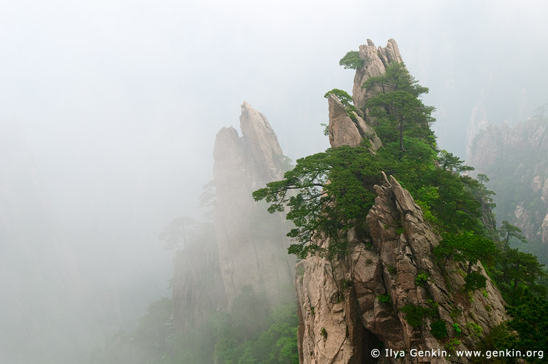 landscapes stock photography | View from Flying-over Rock Lookout, Baiyun Scenic Area, Huangshan (Yellow Mountains), China, Image ID CHINA-HUANGSHAN-0002