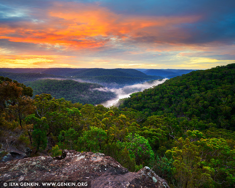 landscapes stock photography | Sunset Barnetts Lookout, Berowra Valley National Park, Hornsby Shire, NSW, Australia, Image ID AU-BEROWRA-BARNETTS-LOOKOUT-0001