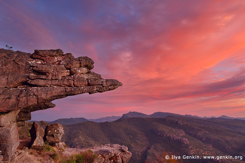 landscapes stock photography | Sunset at the Balconies Lookout (Jaws of Death), The Grampians National Park (Gariwerd), Victoria, Australia, Image ID GRAMPIANS-0013