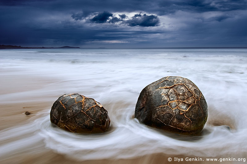 landscapes stock photography | Storm at Moeraki Boulders, Otago, South Island, New Zealand, Image ID NZ-MOERAKI-BOULDERS-0003