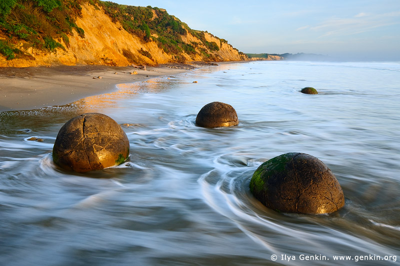 landscapes stock photography | Moeraki Boulders at Sunrise, Otago, South Island, New Zealand, Image ID NZ-MOERAKI-BOULDERS-0004