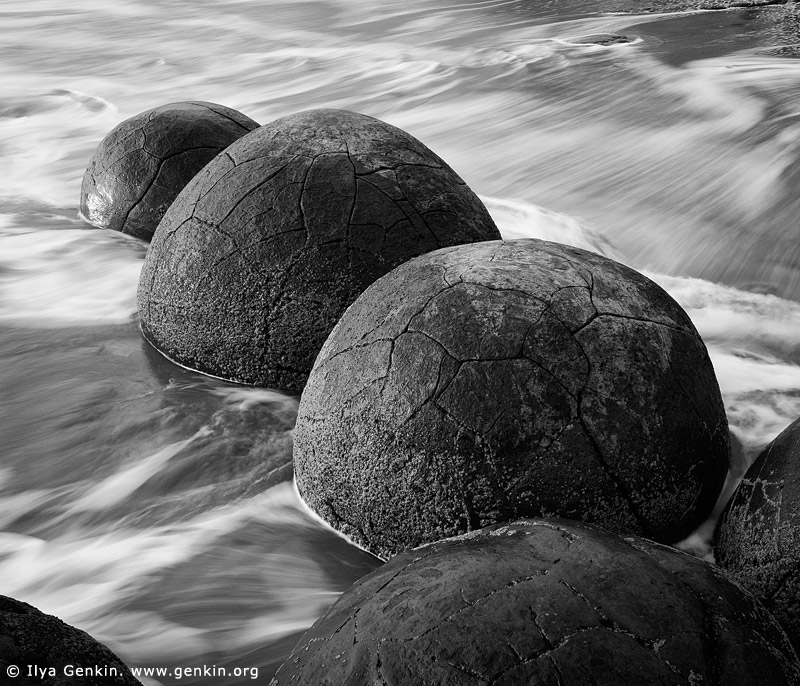 landscapes stock photography | Moeraki Boulders, Otago, South Island, New Zealand, Image ID NZ-MOERAKI-BOULDERS-0008