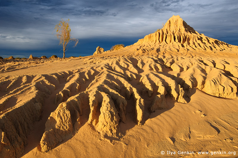 landscapes stock photography | The Walls of China at Sunset, Mungo National Park, NSW, Australia, Image ID AU-MUNGO-0025