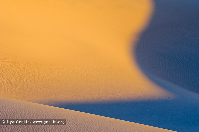 landscapes stock photography | Mesquite Flat Sand Dunes at Sunrise, Death Valley, California, USA