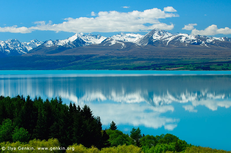 landscapes stock photography | Mountain Range Reflected in Lake Pukaki, Mackenzie Region, Southern Alps, South Island, New Zealand, Image ID NZ-LAKE-PUKAKI-0002