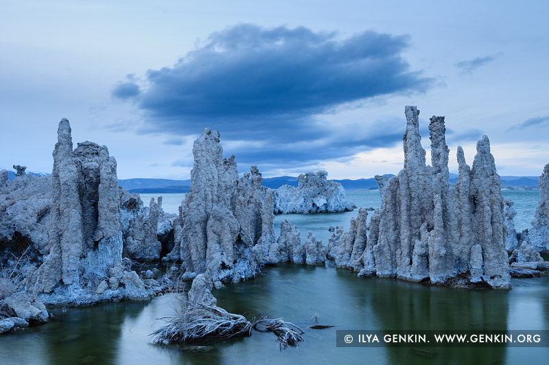 landscapes stock photography | Lake Mono at Dusk, Mono Lake Tufa State Reserve, Eastern Sierra, Mono County, California, USA