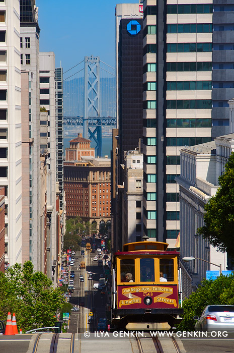 usa stock photography | Cable Car on The California Street , San Francisco, California, USA